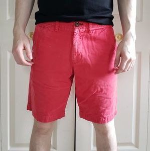 American Eagle 30W Red Classic Fit Short